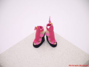Rare deep pink genuine leather shoes.